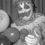 John Wayne Gacy, el payaso asesino con un cementerio en su sótano